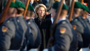 Bundeswehrverband: Große Erwartungen an von der Leyen
