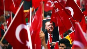 Hat das türkische Konsulat zur Bespitzelung von Lehrern aufgerufen?