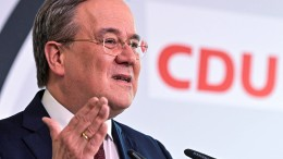 Führende CDU-Politiker werben für Laschet
