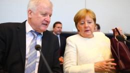 Merkel und Seehofer sprechen über Brexit-Brief