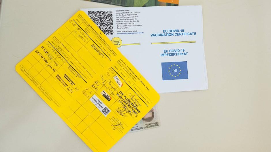 Ein deutscher Impfpass und seine digitale Form