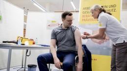 Erste Gruppen sollen im Januar geimpft sein