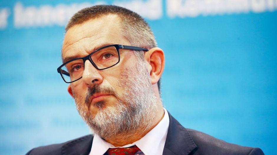 Stephan Kramer, Präsident des Thüringer Verfassungsschutzes, bei der Vorstellung des Verfassungsschutzberichtes 2017 im September 2018 in Erfurt