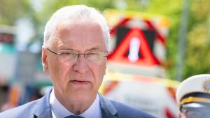 Herrmann bescheinigt Migranten erhöhte Gewaltbereitschaft
