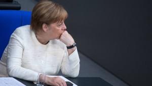 Merkel: Wäre gut, wenn wir jetzt ruhig arbeiten