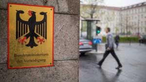 Zumutung oder Chance für die Bundeswehr?