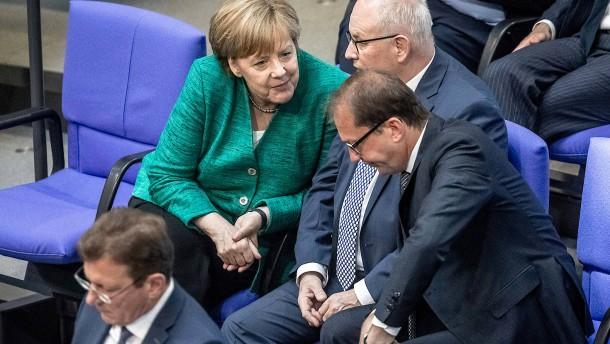 CDU ist höchst zufrieden, CSU reagiert nicht ablehnend