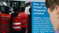 Merkel fordert, entschieden gegen Scharia-Polizei vorzugehen
