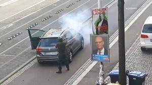 """""""Jetzt zünden wir sie an"""""""