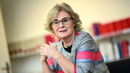 Lambrecht: Grundrechtseinschränkungen für Geimpfte zurücknehmen