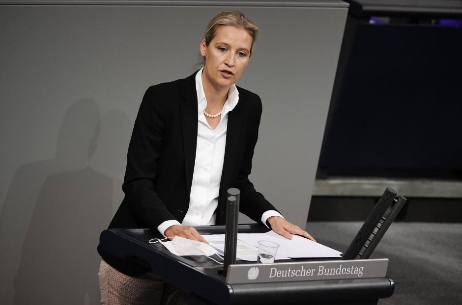 """""""Übergriffige Beschlüsse"""": AfD-Fraktionschefin Alice Weidel in der Aussprache am Donnerstag im Bundestag"""
