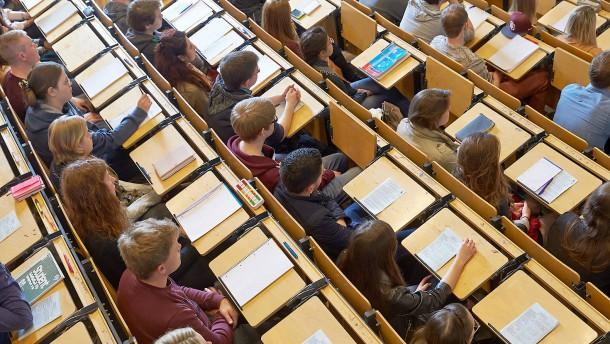 Regierung will Studenten in Geldnot helfen