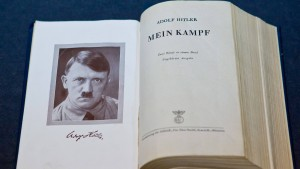 Fußnoten zu Hitler