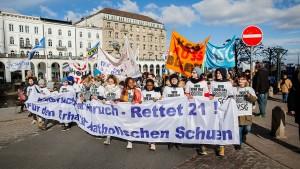 Kampf um die katholischen Schulen