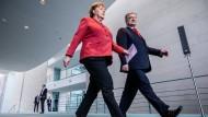 Wahlhilfe? Angela Merkel mit dem ukrainischen Präsidenten Petro Poroschenko am Freitag im Kanzleramt in Berlin