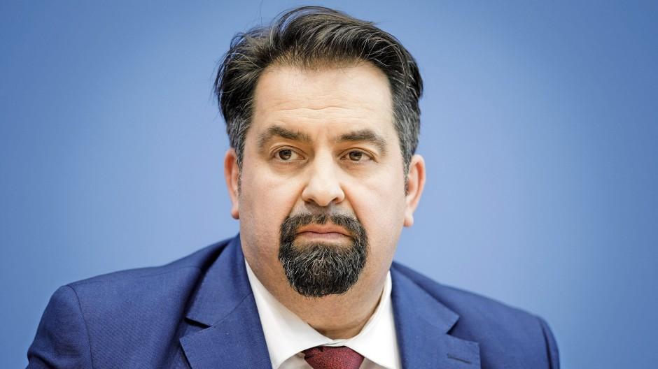 """Aiman Mazyek im Interview: """"Das Impfen lässt sich sehr gut mit dem Islam vereinbaren"""""""