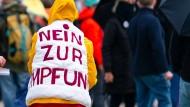 Impfgegner demonstrieren im Mai in Nürnberg