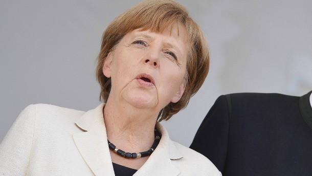 Merkel gegen neue Nationalhymne