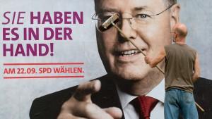 Jusos wollen 100.000 Postkarten in Stadien verteilen