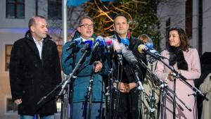 CSU verschärft Forderung nach Abschiebung krimineller Flüchtlinge