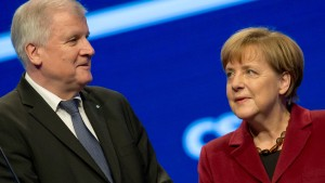 Seehofer kritisiert Merkels Haltung gegenüber der Türkei
