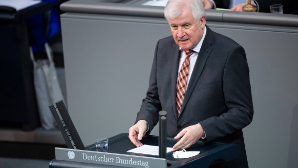 """""""Verzicht auf Auslandsreisen ist Bürgerpflicht"""""""