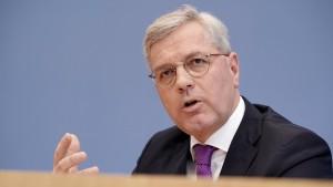Röttgen will auch Kanzlerkandidat werden