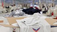 Vom Bekleidungshersteller zum Hersteller von Mundschutzmasken: Die Firma Trigema aus Baden-Württemberg hat ihre Produktion in der Krise teilweise umgestellt.