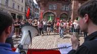 Protest gegen Burschenschafter: 2013 demonstrieren hunderte Marburger gegen die rechtsgesinnten Bündnisse.