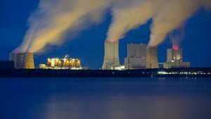 Merkel hält am Kohlekompromiss fest