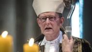 Kardinal Rainer Maria Woelki, Kölner Erzbischof, leitet den Gottesdienst im Juli 2017 in Köln einen Gottesdienst.