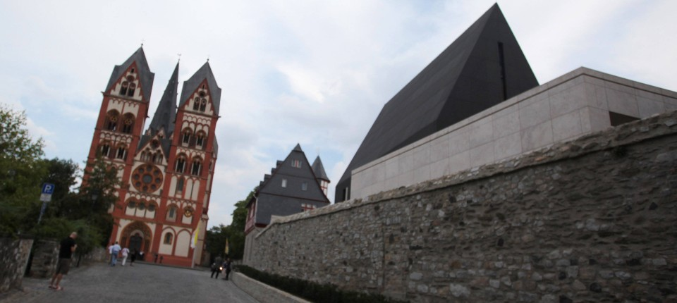 Limburg Bischof Tebartz Van Elst Ruft Zu Einigkeit Auf Inland Faz