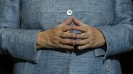 Kontrovers diskutiert: Welcher Politiker wird Merkels Nachfolge aus Vorsitzende/r der CDU antreten?