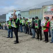 Wo Migration nicht erwünscht ist: Protest an der amerikanisch-mexikanischen Grenze.