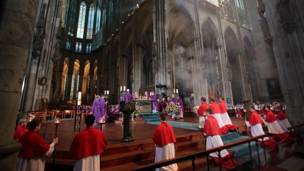 Kardinal-Sein  am Vater Rhein