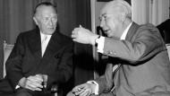 Bundespräsident Theodor Heuss (rechts) und Bundeskanzler Konrad Adenauer 1959.