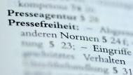 Im Sachverzeichnis des Grundgesetzes der Bundesrepublik Deutschland ist die Pressefreiheit aufgeführt.