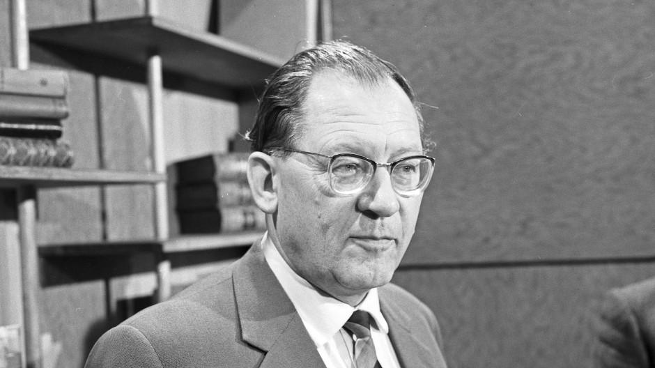Eugen Kogon am 13. August 1961 in Hamburg.