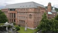 Ansicht des Kollegiengebäudes I der Universität in Freiburg am 27.06.2007