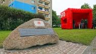 Ein Gedenkstein, der an die Gründung des Allgemeinen Deutschen Arbeitervereins in Leipzig erinnert