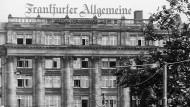 Haus mit Zeitungsgeschichte: Blick auf die Frankfurter Biebergasse in der Nähe der Börsenstraße
