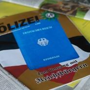 Eine Ausgabe der Zeitschrift «Deutsche Polizei», die von der Gewerkschaft der Polizei herausgegeben wird, liegt auf einem Tisch.
