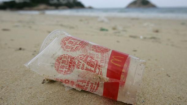 Plastikdreck toppt Müllfleck