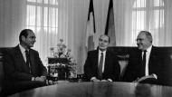 Jacques Chirac, François Mitterrand und Helmut Kohl 1987