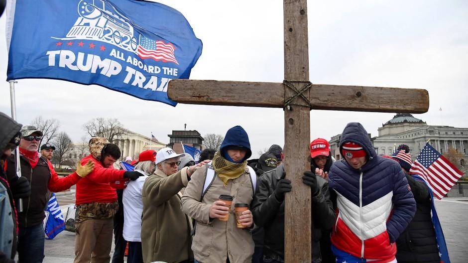 Für sie ein Heilsbringer: evangelikale Trump-Anhänger am 6. Januar in Washington