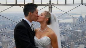 Erste Homosexuellen-Hochzeit auf Empire State Building