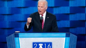 Biden will gegen Trump antreten