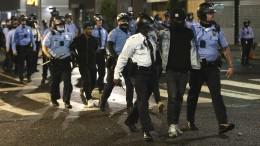 Gewaltsame Ausschreitungen in Philadelphia