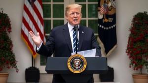 Trump bricht Treffen mit Pelosi ab