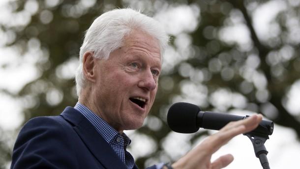 """Wahl in Amerika: Wikileaks enthüllt E-Mails über """"Bill Clinton AG"""""""